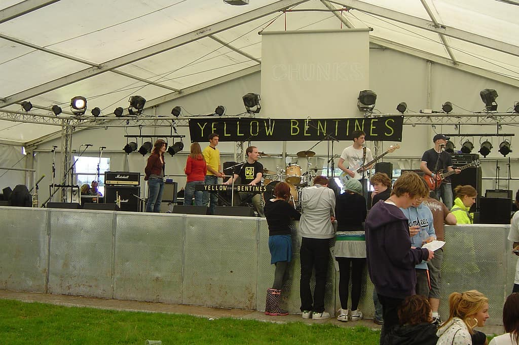 #livemusic #scottishmusic #piano #bands #liveband #yellowbentines #gig #gigtime #showtime