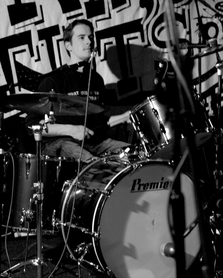 #Drummer #drummerlife #drums #music #scottishmusic #scottishdrummer #drumming #yellowbentines #scottishband #andyhall #andrewhall