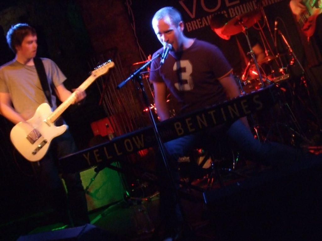 yellow bentines Cabaret Voltaire, Edinburgh #Livegig #gigging #livemusic #scottish #scottishband #edinburghmusicscene #playingthecapital #guitar #guitarist #piano #pianist #rockingout #rockthepiano #pianomusic #guitarmusic #liveshow #thefringe #edinburghfringe #scotlandrocks #scotland #listen #music #band #yellowbentines