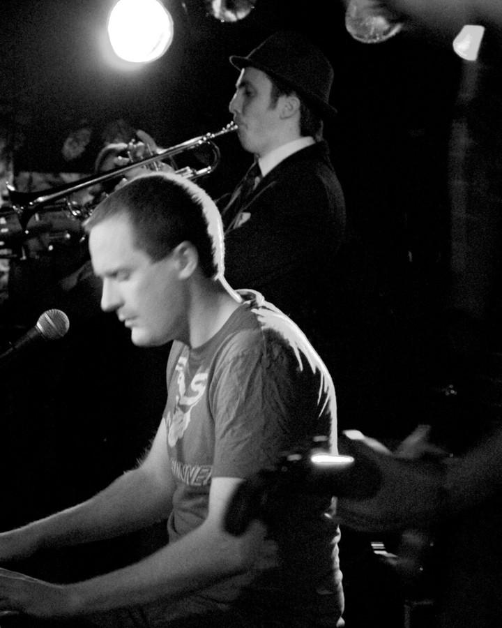 yellow bentines Jazz Club #livemusic #gigging #jazz #yellowbentines #glasgowband #glasgowmusic #jazzmusic #glasgowjazzfestival #livegig #music #coolmusic #trumpet #trumpetplayer #piano #pianoplayer #scottishjazz #gigtime #gig #scottishgig #scottishfestival #scotland #blackandwhite #arty #musicjazz #scottishband #scottish